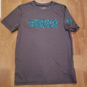 Under Armour Boys MD heatgear loose fit shirt